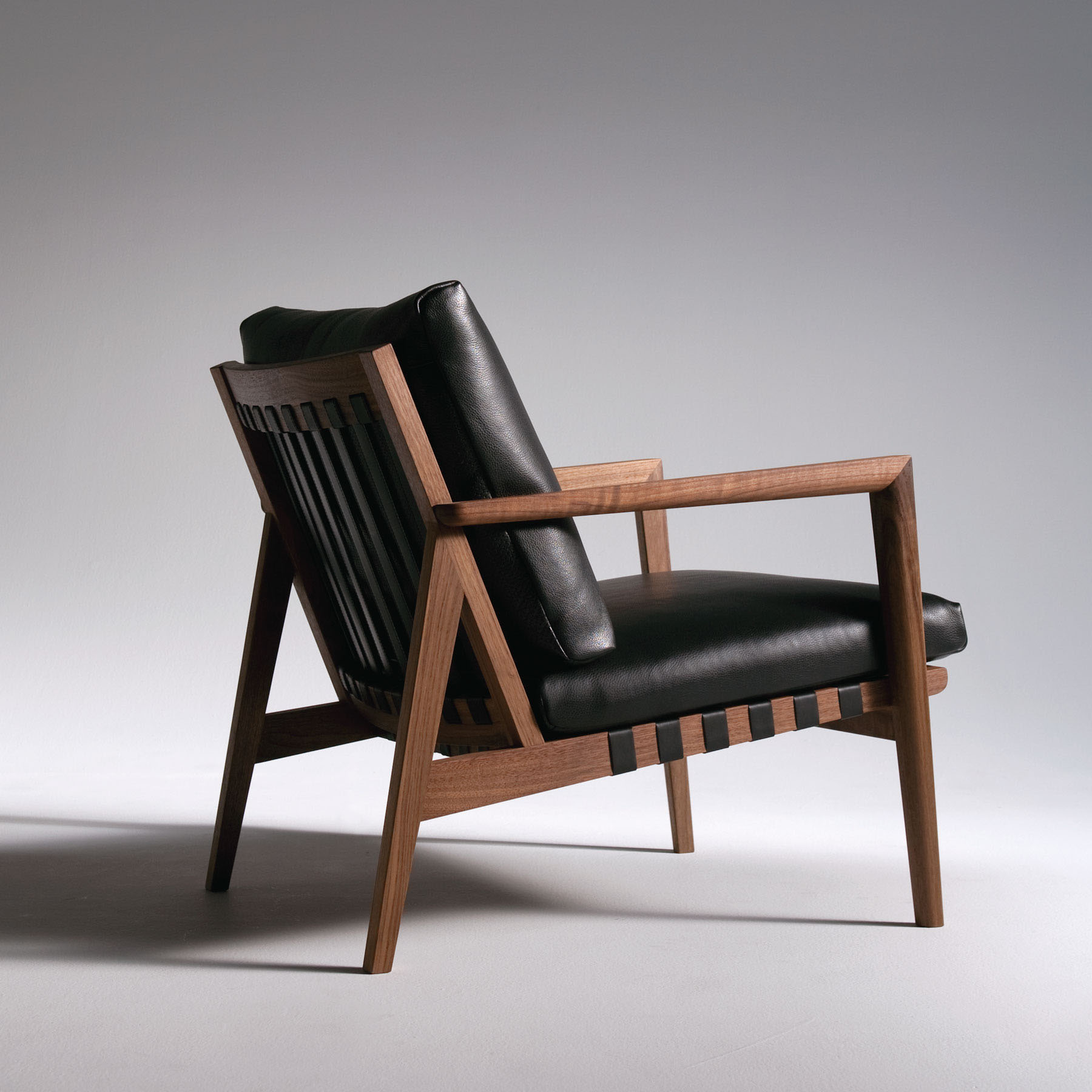 BLAVA CLUB CHAIR